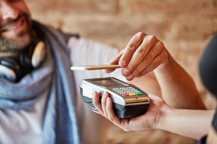 Cómo pagar con el móvil de forma segura
