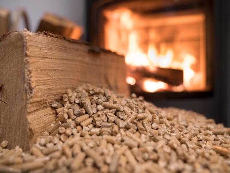 Caldera o estufa de pellets: cuál elegir