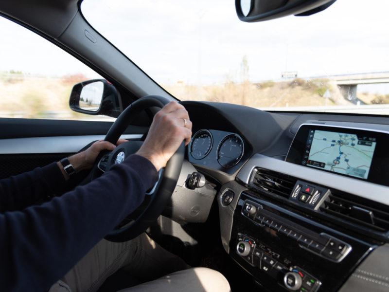 Descubre cómo contratar seguro coche y escogerlo con el blog de ABANCA
