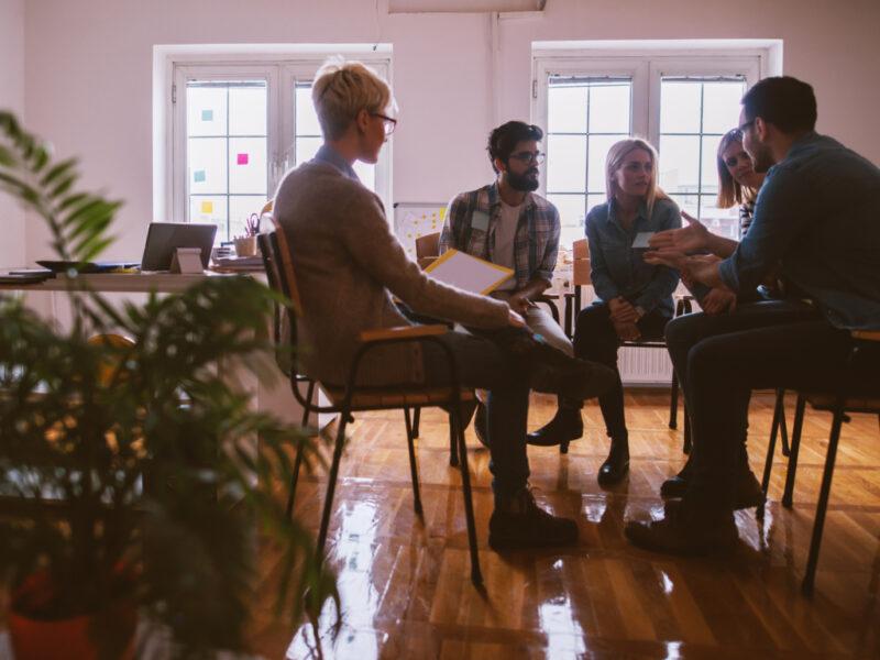 Descubre qué es la mediación y para qué sirve un mediador